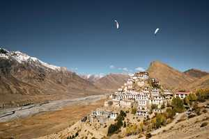 Free download TRAILER - FLY SPITI video and edit with RedcoolMedia movie maker MovieStudio video editor online and AudioStudio audio editor onlin